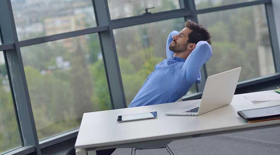 [عکس: office-relaxation-tips-main.jpg]